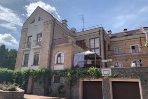 Продається будинок 4 поверховий 800 кв. м с басейном