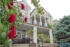 Продається одноповерховий будинок 500 кв. м з терасою
