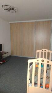 Продается 1-комнатная квартира 35 кв. м в Мариуполе