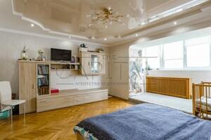 Продается 2-комнатная квартира 68 кв. м в Киеве