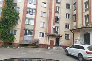Продається 3-кімнатна квартира 65 кв. м у Рівному