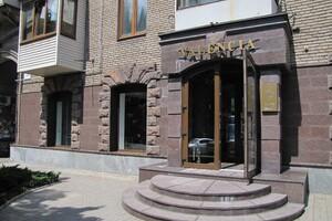 Продається готовий бізнес у сфері торгівля площею 227.6 кв. м