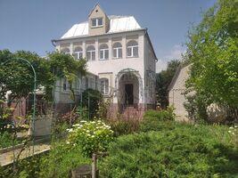 Продається будинок 2 поверховий 226 кв. м з верандою