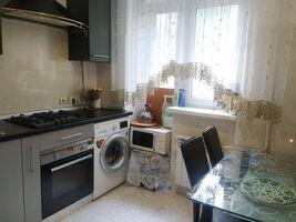 Продається 3-кімнатна квартира 52 кв. м у Одесі