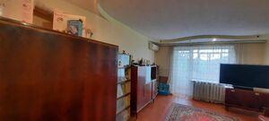 Продається 2-кімнатна квартира 53.2 кв. м у Полтаві