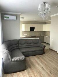 Сдается в аренду 1-комнатная квартира 82 кв. м в Киеве