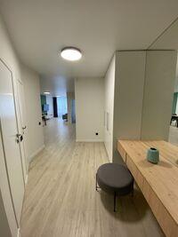 Сдается в аренду 1-комнатная квартира 75 кв. м в Киеве