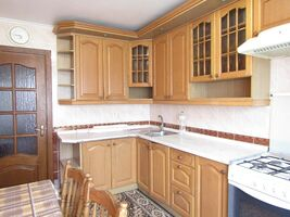 Сдается в аренду 4-комнатная квартира 74 кв. м в Хмельницком