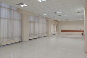 Здається в оренду офіс 249.7 кв. м в бізнес-центрі