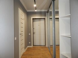 Продается 2-комнатная квартира 52 кв. м в Харькове