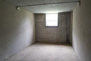 Продается бокс в гаражном комплексе под легковое авто на 19.3 кв. м