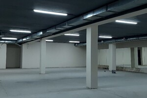 Сдается в аренду торгово-развлекательный комплекс 200 кв. м в 1-этажном здании