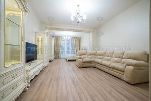 Сдается в аренду 4-комнатная квартира 152 кв. м в Киеве