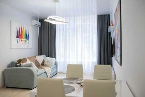 Продається 2-кімнатна квартира 47 кв. м у Одесі