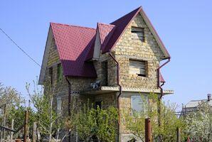 Продается дом на 3 этажа 185 кв. м с участком