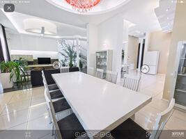 Продається будинок 2 поверховий 300 кв. м з садом