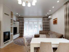 Продається одноповерховий будинок 151 кв. м з подвалом
