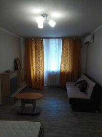 Сдается в аренду 1-комнатная квартира 38 кв. м в Киеве
