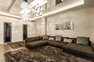 Продается 3-комнатная квартира 140 кв. м в Киеве