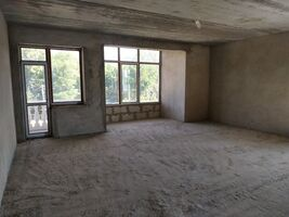 Продается 3-комнатная квартира 79 кв. м в Харькове