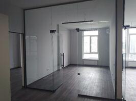 Продается офис 81 кв. м в бизнес-центре