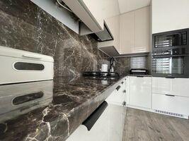 Продается 2-комнатная квартира 53.2 кв. м в Ровно