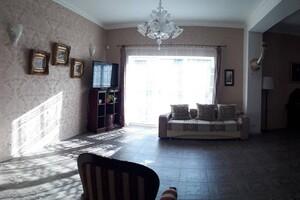 Продается одноэтажный дом 10 кв. м с бассейном