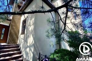 Продается дом на 2 этажа 198 кв. м с балконом