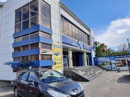 Продається готовий бізнес у сфері торгівля площею 2340 кв. м