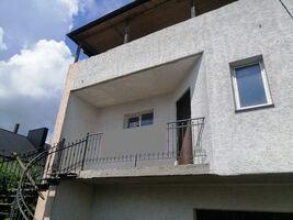 Продається будинок 2 поверховий 225 кв. м з ділянкою