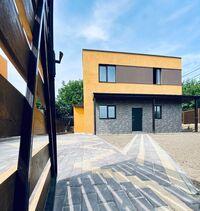 Продается дом на 2 этажа 132 кв. м с бассейном