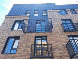 Продается 3-комнатная квартира 91.4 кв. м в Ивано-Франковске