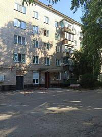 Продается 3-комнатная квартира 60 кв. м в Чернигове