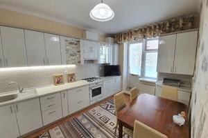 Продається 3-кімнатна квартира 78.2 кв. м у Хмельницькому