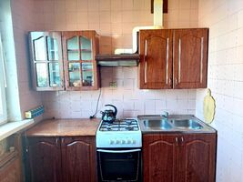 Продается 4-комнатная квартира 66 кв. м в Харькове