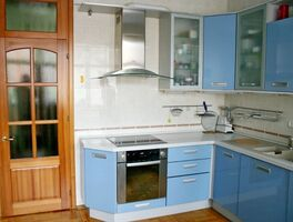 Продається 5-кімнатна квартира 198.2 кв. м у Києві
