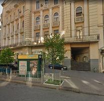 Продається 2-кімнатна квартира 66.4 кв. м у Києві