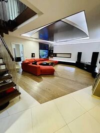 Продается 5-комнатная квартира 197 кв. м в Полтаве