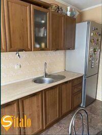 Продается 4-комнатная квартира 80 кв. м в Ивано-Франковске