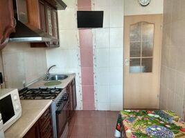 Продается 3-комнатная квартира 68 кв. м в Харькове