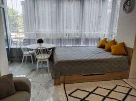 Сдается в аренду 1-комнатная квартира 44 кв. м в Киеве
