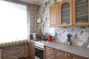 Продается 4-комнатная квартира 74 кв. м в Хмельницком