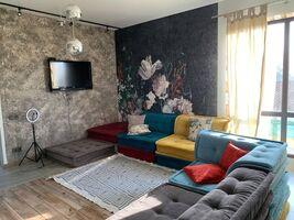 Продается дом на 2 этажа 170 кв. м с садом