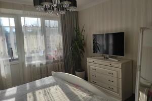 Продается 1-комнатная квартира 34 кв. м в Черновцах