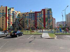 Продается 3-комнатная квартира 138 кв. м в Виннице