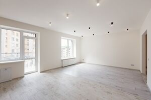 Продается 2-комнатная квартира 58.76 кв. м в Ивано-Франковске