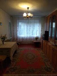 Продається 4-кімнатна квартира 86.6 кв. м у Полтаві