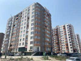 Продається 2-кімнатна квартира 78 кв. м у Тернополі