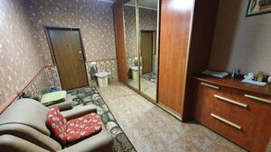 Продается 3-комнатная квартира 148 кв. м в Мариуполе