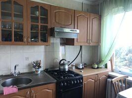 Продається 3-кімнатна квартира 61.3 кв. м у Києві